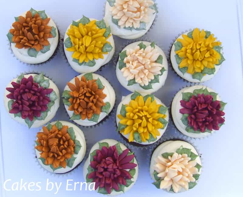 Fall Chrysanthemum Cupcakes