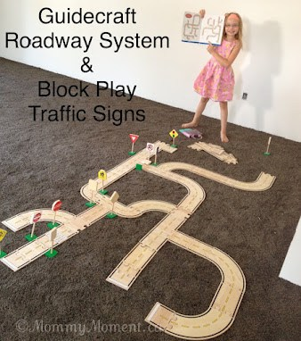 Roadway System & Block Play Traffic Signs {A Guidecraft Educator #Giveaway ~ arv $102}