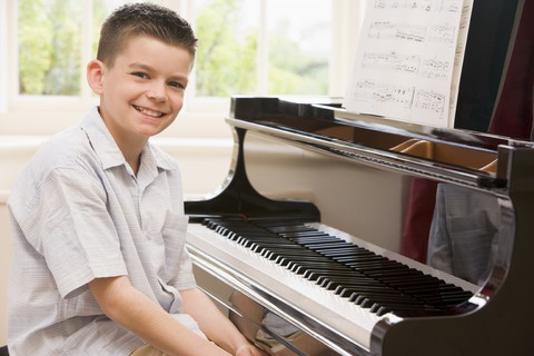 Free Piano Lessons 4 Kids makes taking Piano Lessons Easy #MommyMomentGifts #Giveaway {3 WINNERS}