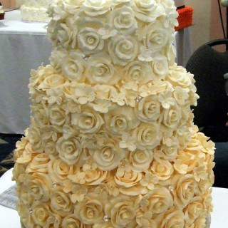Rose Cake ~ The Perfect Wedding Cake #CakesbyErna