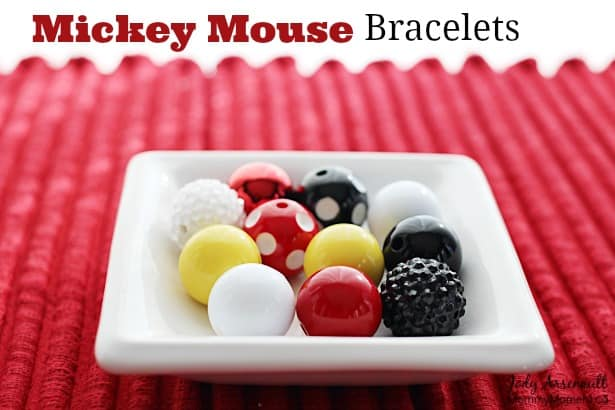 DIY-Mickey-mouse-bracelet