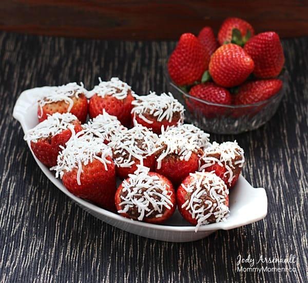 fudge-stuffed-strawberries