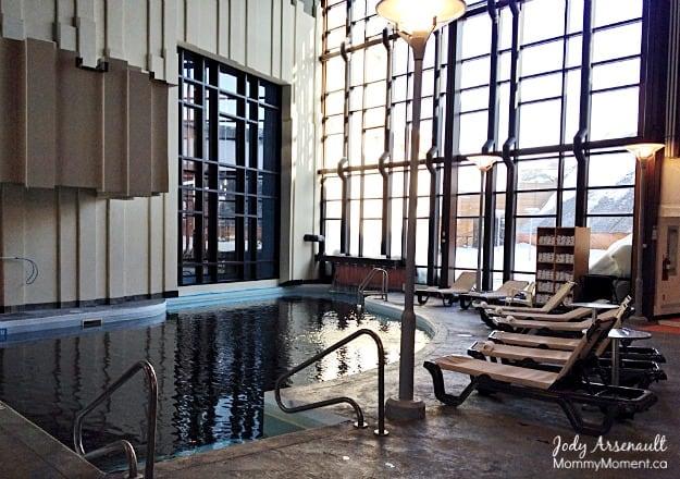 adult-pool-hecla