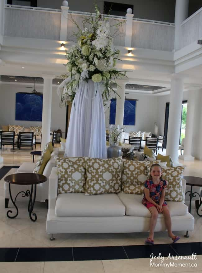 lobby-kew-west-luxury-village