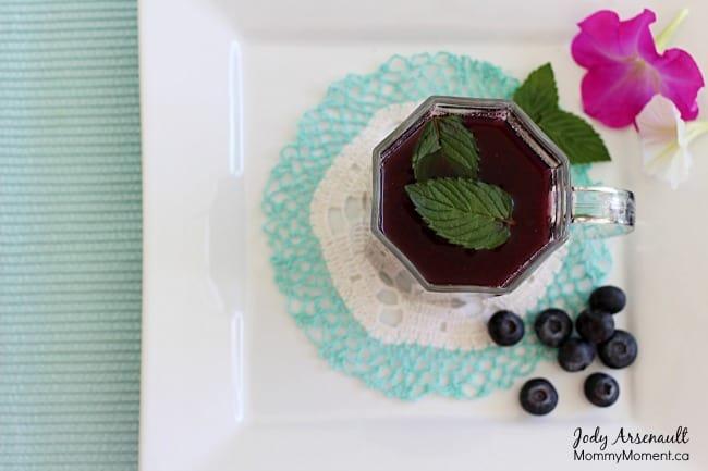 blueberry-mint-infused-tea