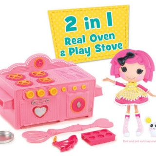 "Bake ""sew"" many sweets with the real-working Lalaloopsy Baking Oven!"