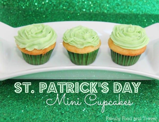 Mini-St.-Patricks-Day-Cupcakes-1