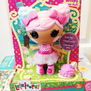 Lalaloopsy Littles (& a Lalaloopsy Prize Pack #Giveaway)