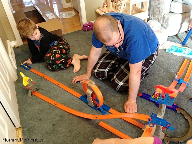 hot wheels track builder spiral stack up instructions