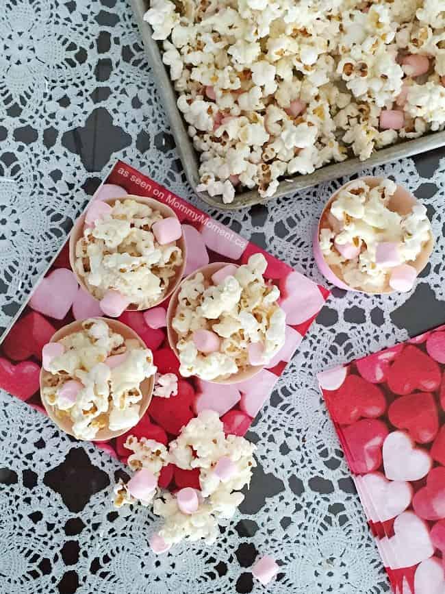 white-chocolate-coconut-popcorn