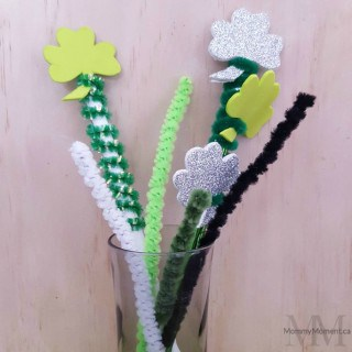 DIY SHAMROCK PENCIL TOPPERS