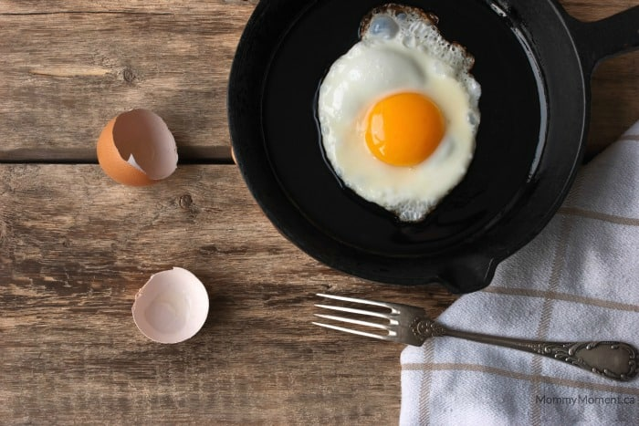 Fried sunny side egg in a cast iron pan