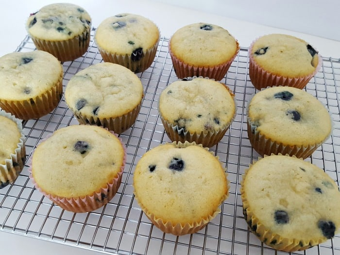 recipe: homemade blueberry muffins from scratch [18]