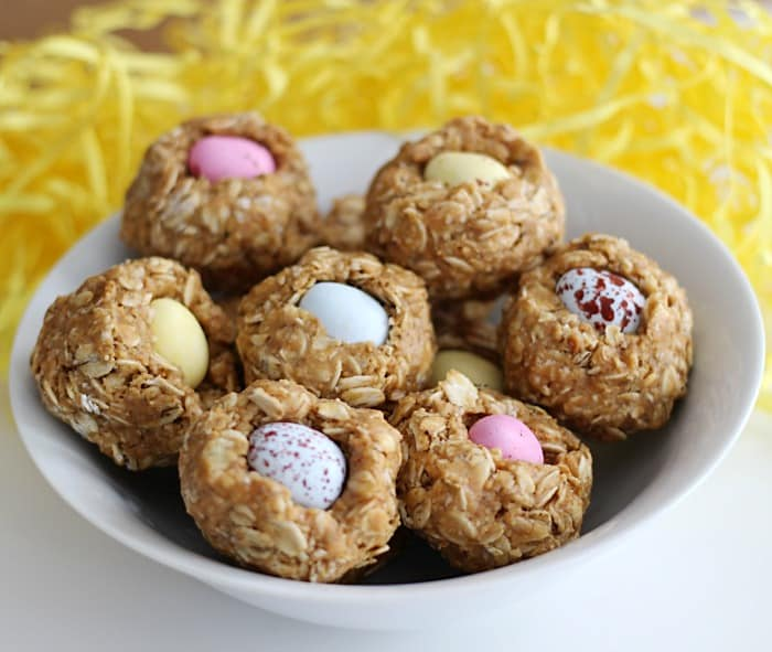 These easy no bake granola bar mini egg nests are so quick to make and are a hit with the kids. They make an adorable Easter snack.