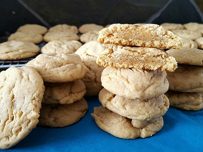 This homemade peanut butter cookie recipe gives a cookie that is lightly crisp on the outside, and oh so soft and chewy on the inside!