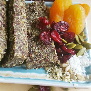 NO BAKE CRANBERRY SEED PROTEIN BARS