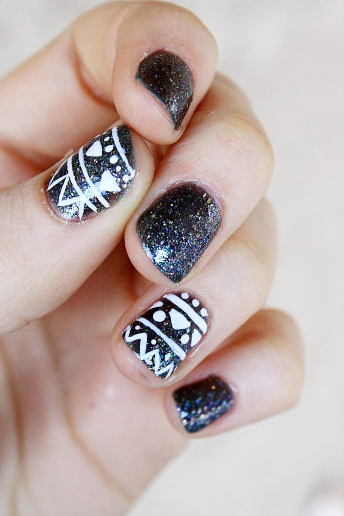 Tribal inspired nail art design mommy moment do you sometimes want to add a little extra flair to your nails tribal nail prinsesfo Choice Image