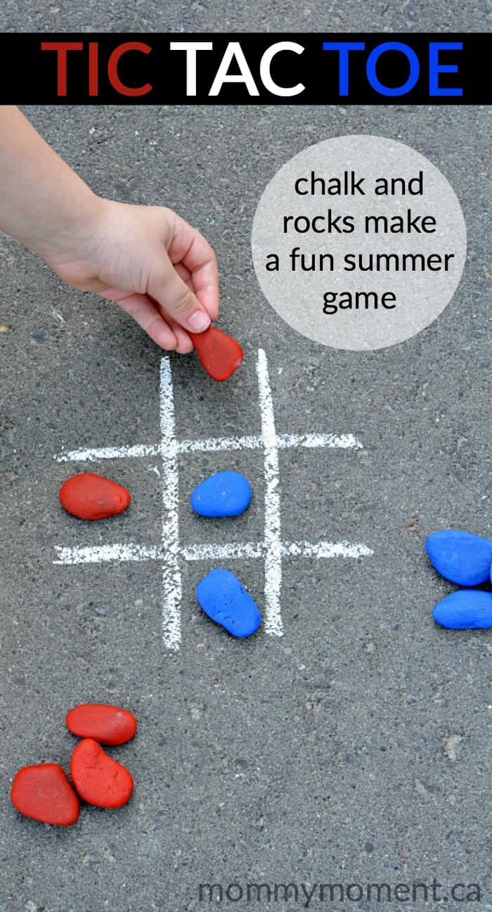 tic tac toe game using rocks and chalk - perfect summer fun.