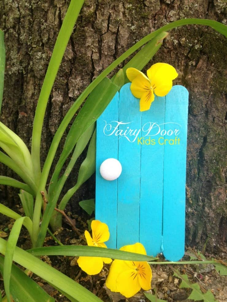 Inspiration on how to make a fairy garden at home mommy for Idea behind fairy doors