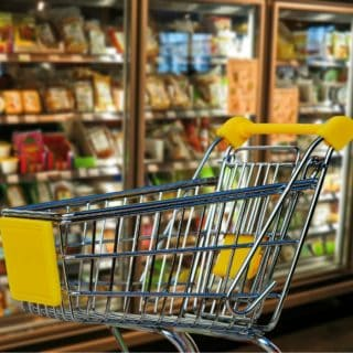 SAVE MONEY WITH THESE 6 GROCERY SHOPPING TIPS