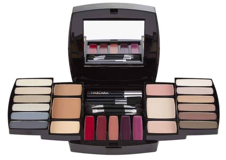 quo-ultimate-beauty-eye-lip-cheek-collection-2