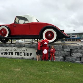 TIPS FOR TRAVELING WITH KIDS (A CANADIAN FAMILY ADVENTURE WITH THE LAUGHING COW CONTEST)