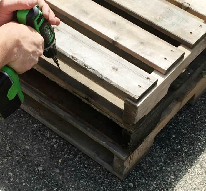 pallet-project-table