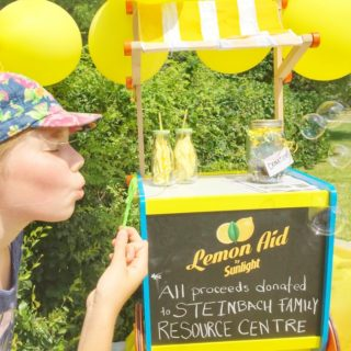 bubbles and lemonade stand bucket list idea